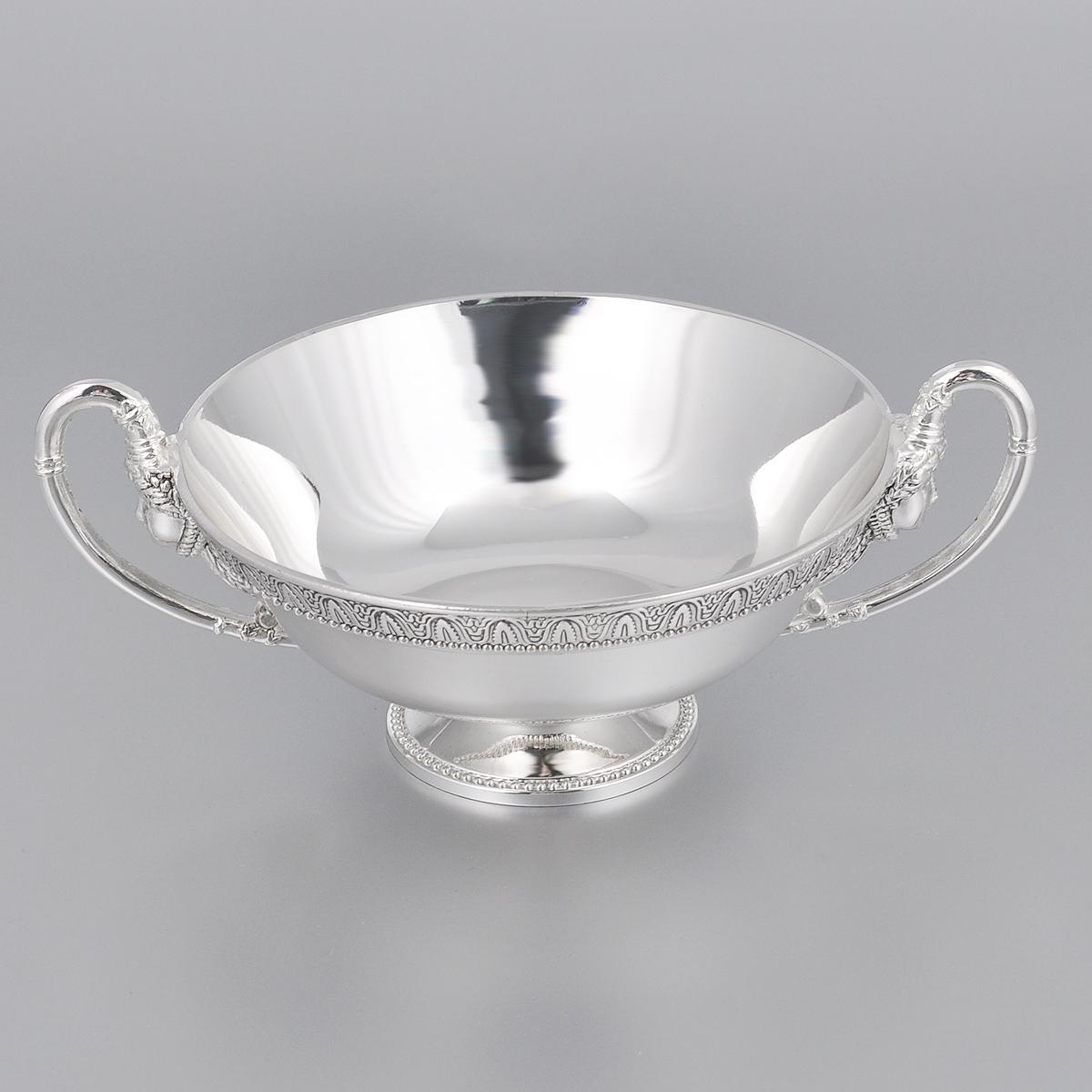 Ваза универсальная Marquis, диаметр 13 см115510Универсальная ваза Marquis круглой формы выполнена из стали с никель-серебряным покрытием и оформлена каймой с изящным рельефом. Ваза прекрасно подойдет для красивой сервировки конфет, фруктов, пирожных и много другого. Такая ваза придется по вкусу и ценителям классики, и тем, кто предпочитает утонченность и изысканность. Она украсит сервировку вашего стола и подчеркнет прекрасный вкус хозяина, а также станет отличным подарком.Диаметр (по верхнему краю): 13 см.Диаметр основания: 5,5 см.Высота вазы: 5 см.
