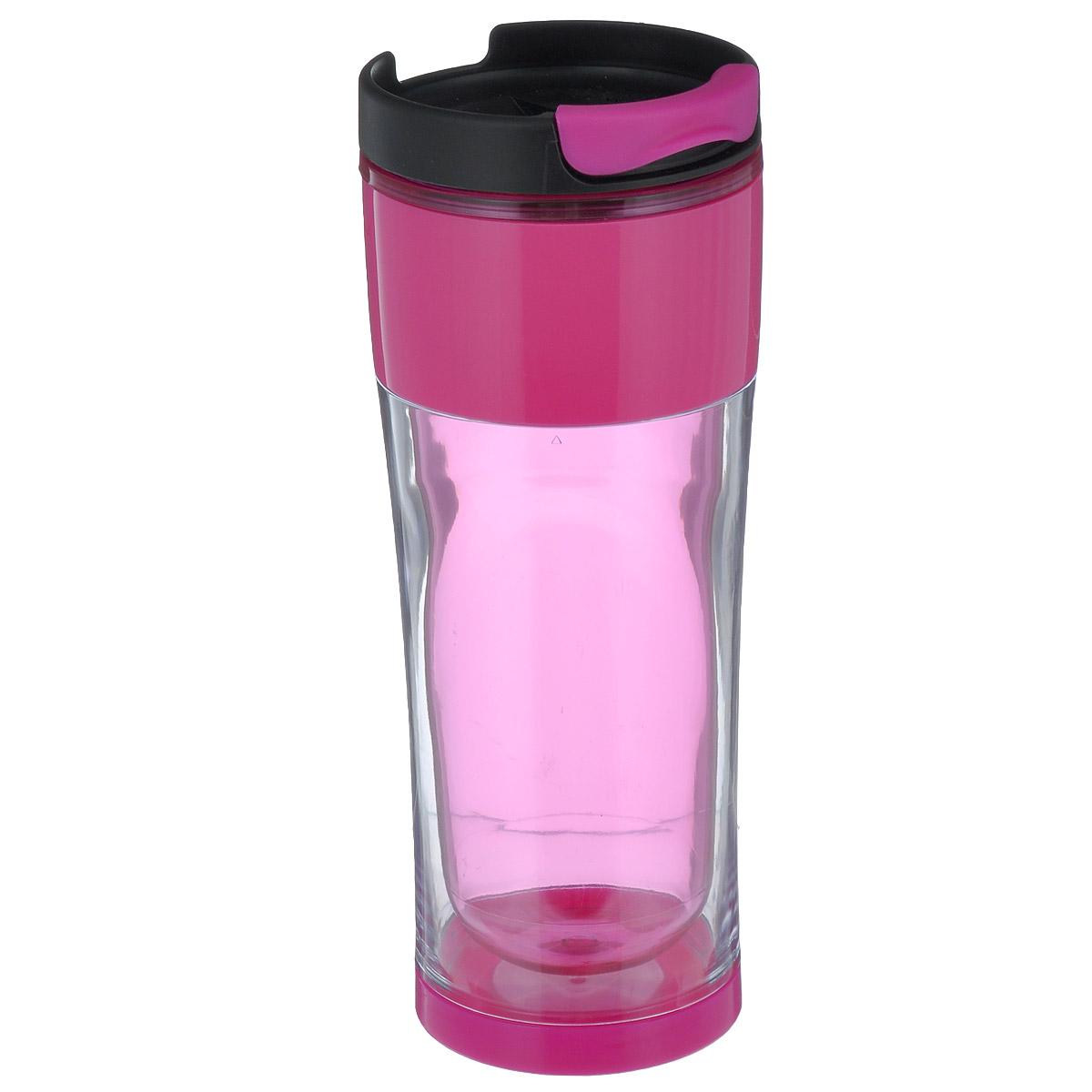 Кружка дорожная Cool Gear Design для горячих напитков, цвет: прозрачный, розовый, черный, 420 мл. 1873VT-1520(SR)Дорожная кружка Cool Gear Design изготовлена из высококачественного BPA-free пластика, не содержащего токсичных веществ. Двойные стенки дольше сохраняют напиток горячим и не обжигают руки. Надежная закручивающаяся крышка с защитой от проливания обеспечит дополнительную безопасность. Крышка оснащена клапаном для питья. Оптимальный объем позволит взять с собой большую порцию горячего кофе или чая. Идеально подходит для холодных напитков. Оригинальный дизайн, яркие, жизнерадостные цвета и эргономичная форма превращают кружку в стильный и функциональный аксессуар.Кружка идеальна для ежедневного использования. Она станет вашим неотъемлемым спутником в длительных поездках или занятиях зимними видами спорта.Не рекомендуется использовать в микроволновой печи и мыть в посудомоечной машине.Диаметр кружки по верхнему краю: 8 см.Высота кружки (с учетом крышки): 21 см.