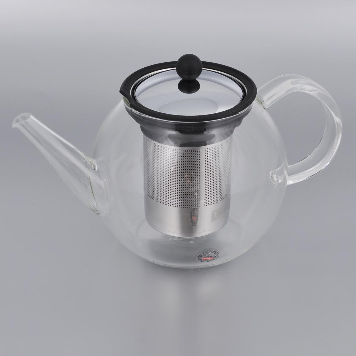 Френч-пресс Bodum Shin Cha, 1 л54 009312Френч-пресс Bodum Shin Cha выполнен из термостойкого стекла. Чайник оснащен фильтром-сеткой и прессом, выполненными из нержавеющей стали. Засыпая чайную заварку в фильтр-сетку и заливая ее горячей водой, вы получаете ароматный чай с оптимальной крепостью и насыщенностью. Остановить процесс заварки чая легко. Для этого нужно просто опустить поршень, и заварка уйдет вниз, оставляя вверху напиток, готовый к употреблению. Френч-пресс Bodum Shin Cha займет достойное место на вашей кухне и позволит вам заварить свежий, ароматный чай.Диаметр (по верхнему краю): 9 см.Высота (без учета крышки): 12,5 см.