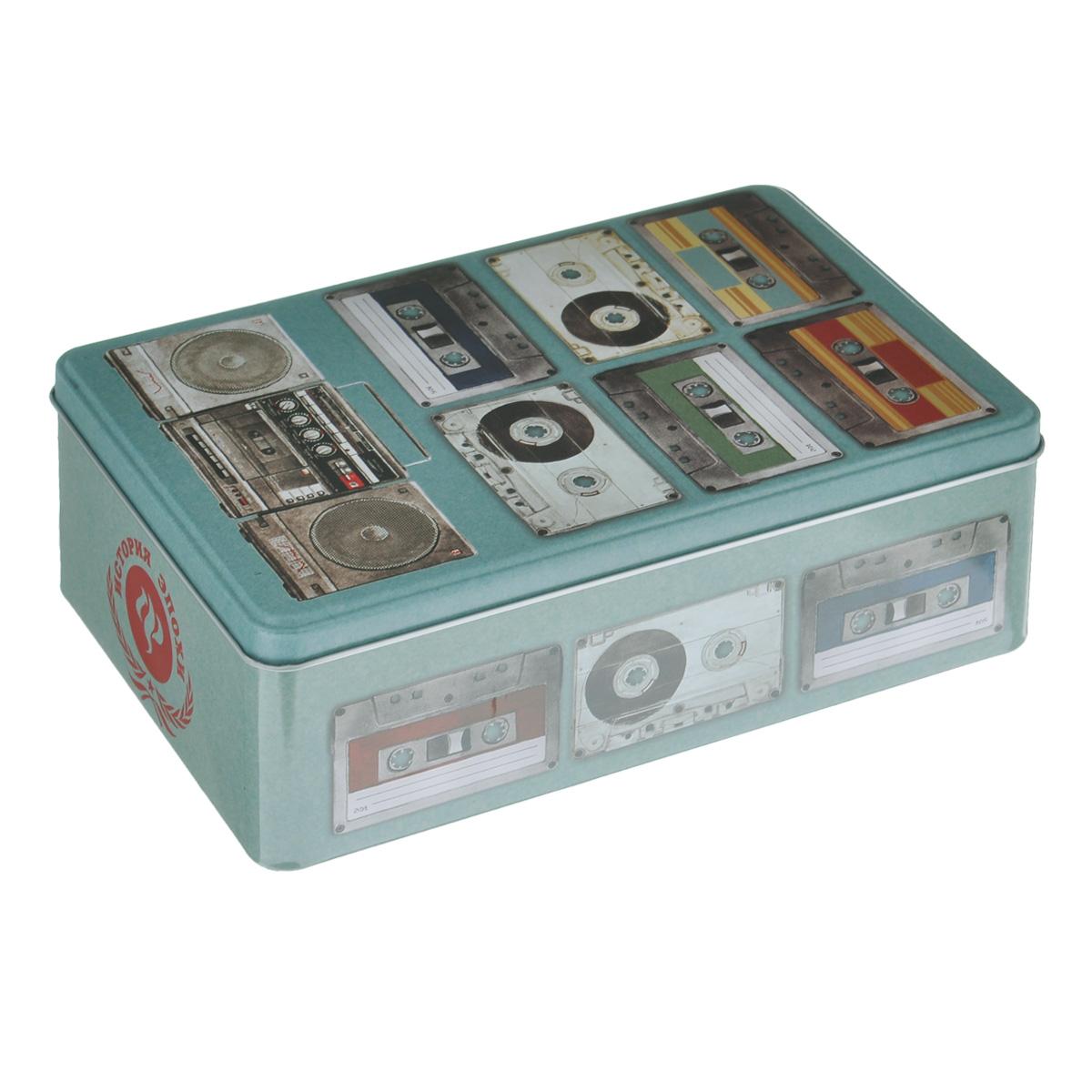 Коробка для хранения Феникс-презент Аудиокассеты, 20 х 13 х 6,5 см37667Коробка для хранения Феникс-презент Аудиокассеты, выполненная из металла, декорирована изображением различных аудиокассет. Внутри коробки имеется одно вместительное отделение. Крышка изделия открывается с помощью откидного механизма.Коробка для хранения Феникс-презент Аудиокассеты станет оригинальным украшением интерьера и позволит хранить украшения, бижутерию, а также предметы шитья или рукоделия.