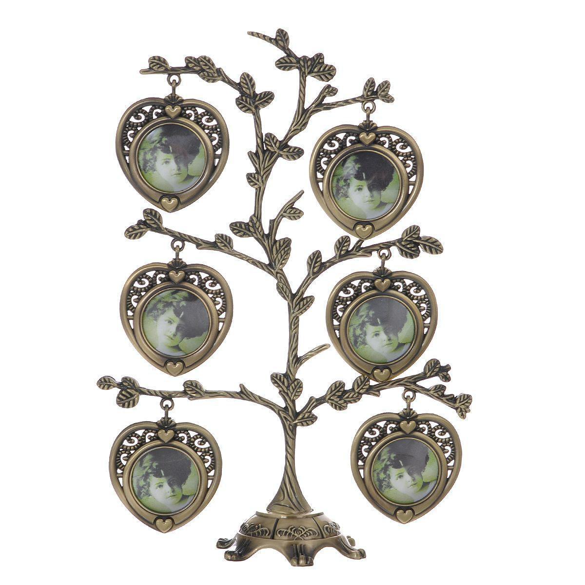 Декоративная фоторамка-дерево Сердце, цвет: бронзовый, на 7 фото, 4 х 4 см 264062300194_фиолетовый/веткаДекоративная фоторамка-дерево Сердце выполнена из сплава цинка бронзового цвета. На подставку в виде деревца подвешиваются семь рамочек в форме сердца, оформленных в ретро-стиле. Изысканная и эффектная, эта потрясающая рамочка покорит своей красотой и изумительным качеством исполнения. Декоративная фоторамка Дерево не только украсит интерьер помещения, но и поможет разместить фото всей вашей семьи. Характеристики:Материал: металл (сплав цинка), пластик. Цвет: бронзовый. Общий размер фоторамки (ШхВ): 17 см х 23 см. Диаметр основания: 7 см. Количество фотографий: 7 шт. Размер фотографий: 4 см х 4 см. Размер упаковки: 21 см х 32,5 см х 4,5 см. Артикул: 264062.