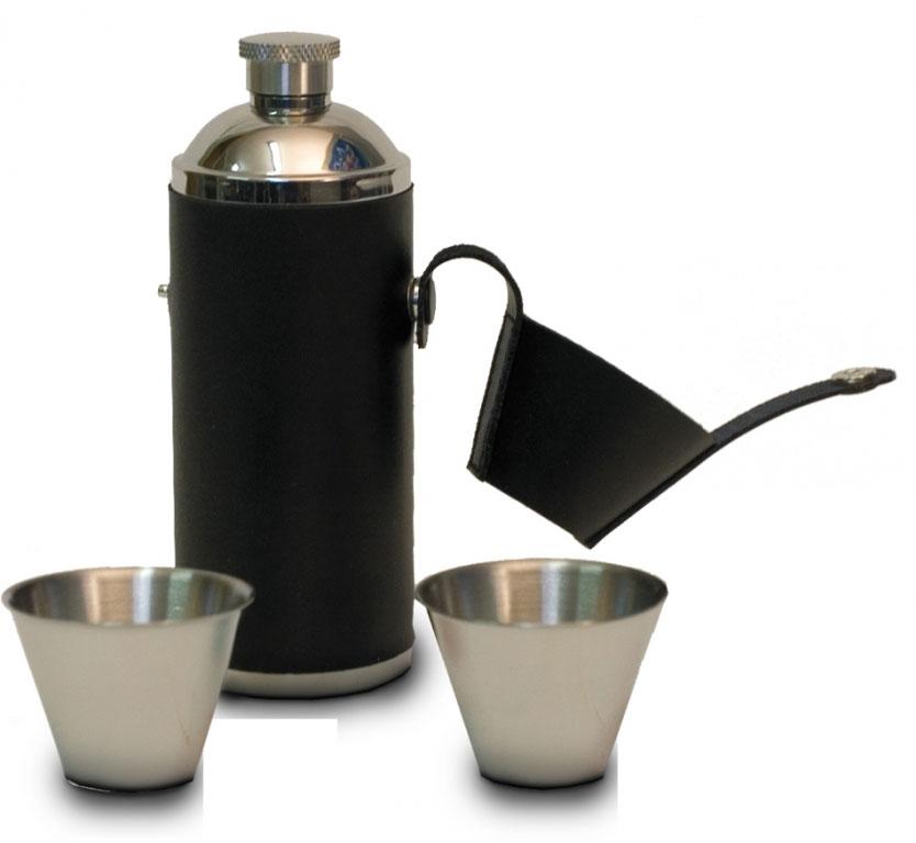 Набор посуды Canadian Camper СС-F226, 3 предмета32100030Отличный набор Canadian Camper СС-F226 для хранения и употребления согревающих микстур. В комплект входит фляга и 2 рюмки. Предметы набора выполнены из высококачественной нержавеющей стали.Объем фляги: 0,226 л.Диаметр фляги: 5,2 см.Высота фляги: 14,5 см.Диаметр рюмок по верхнему краю: 5 см.Диаметр рюмок по дну: 2,5 см.Высота рюмок: 3,6 см.