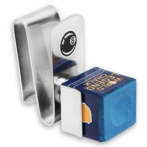Держатель для бильярдного мела Fortuna Standard Chalker, магнитный332515-2800Удобный аксессуар Fortuna Standard Chalker, состоящий из прищепки, которую можно закрепить на поясе, и компактного пенальчика для мела, удерживающегося на прищепке посредством магнита. Мел всегда под рукой и не мешает на игровой поверхности.