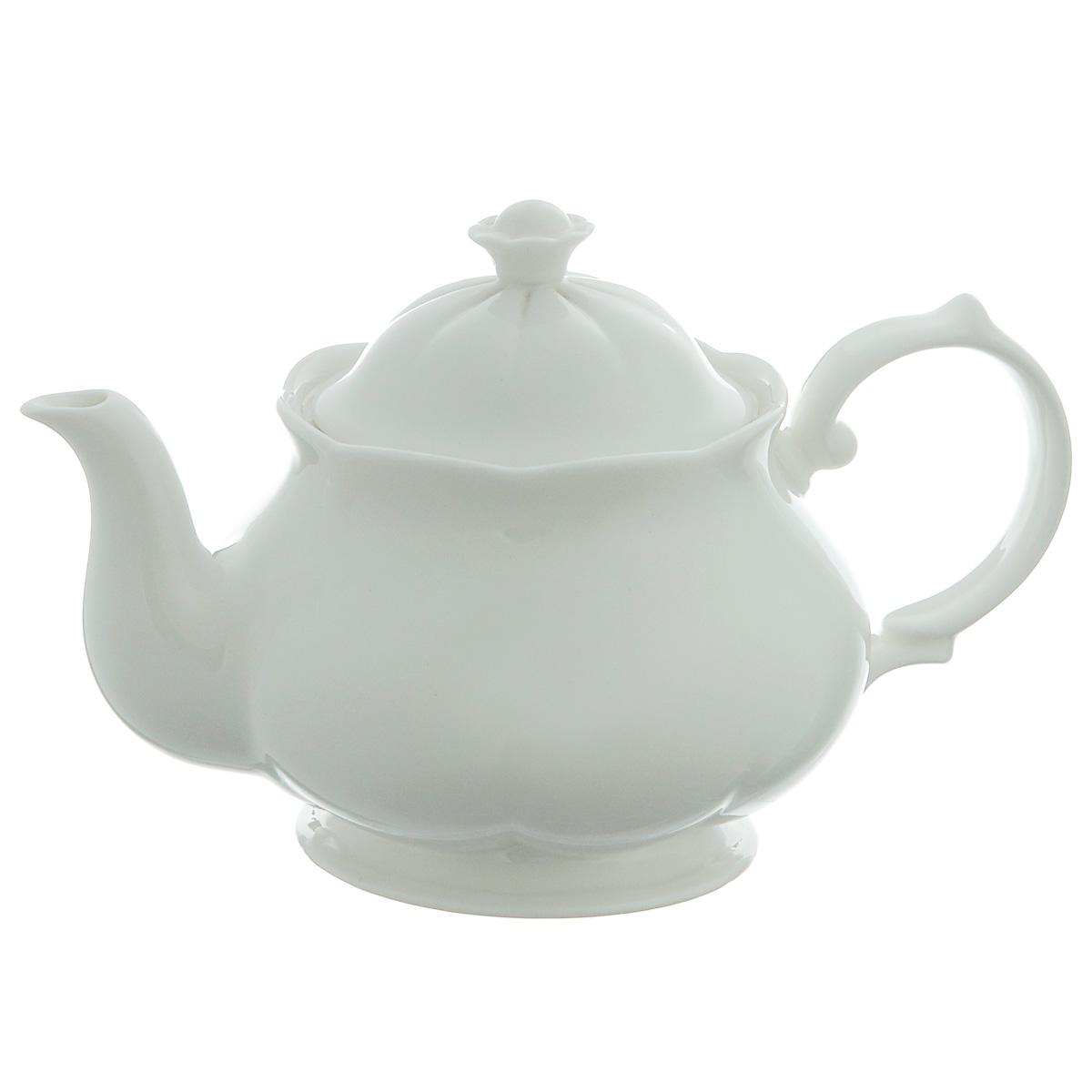 Чайник заварочный Royal Bone China White, 0,5 лFS-91909Заварочный чайник Royal Bone China White, изготовленный из костяного фарфора с содержанием костяной муки (45%), прекрасно впишется в интерьер вашей кухни и станет достойным дополнением к кухонному инвентарю. Основным достоинством изделий из костяного фарфора является абсолютно гладкая глазуровка. Такие изделия сочетают в себе изысканный вид с прочностью и долговечностью. Чайник снабжен эргономичной крышкой и изящной ручкой. Заварочный чайник Royal Bone China White не только украсит ваш кухонный стол и подчеркнет прекрасный вкус хозяйки, но и станет отличным подарком.Объем чайника: 0,5 л.Высота (с учетом крышки): 12 см.