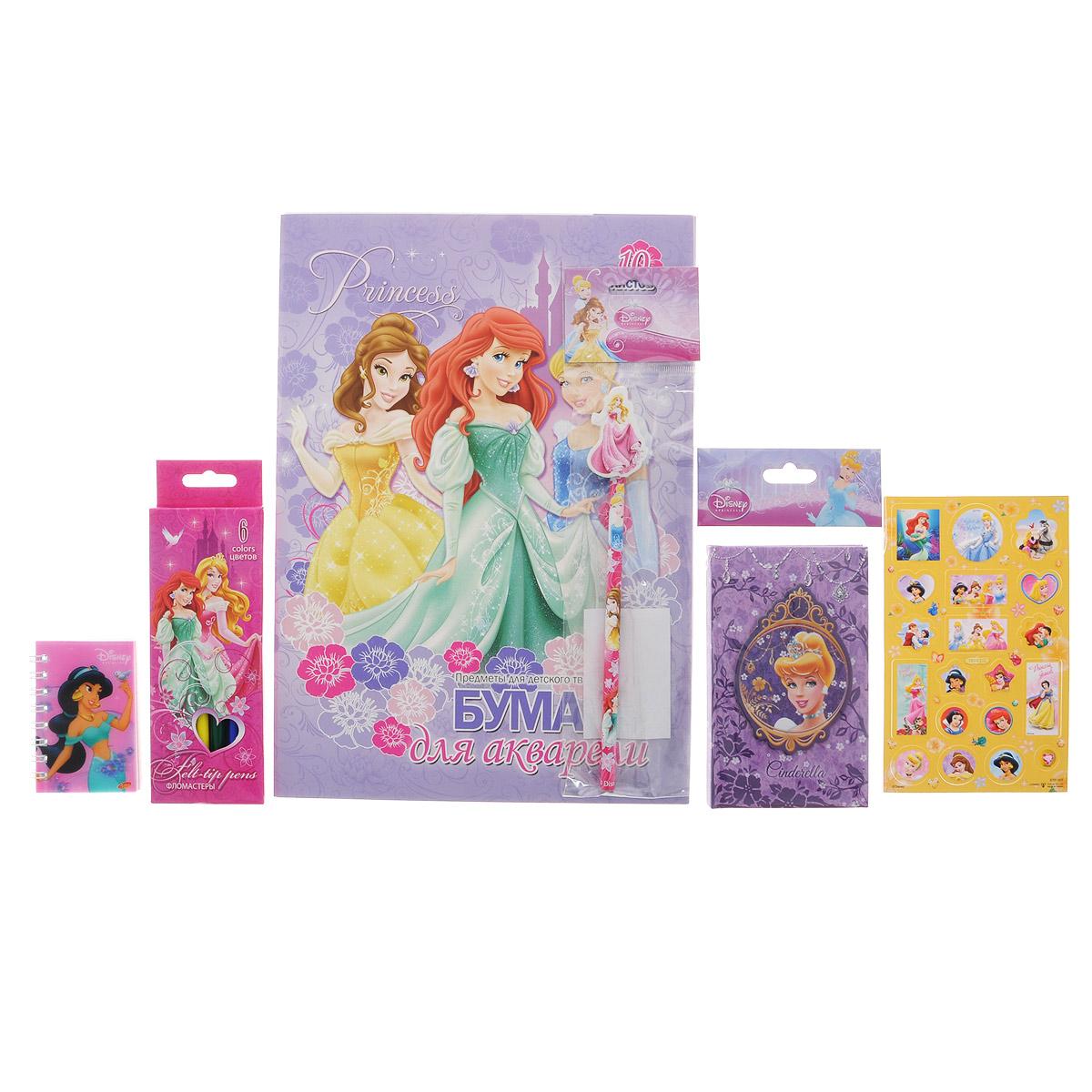 Канцелярский набор Disney Princess. PRСZ-US1-AZ15-PVC72523WDКанцелярский набор Disney Princess станет незаменимым атрибутом в учебе любой школьницы.Он включает в себя 10 листов бумаги для акварели, чернографитный карандаш с ластиком, 6 фломастеров, телефонную книжку, лист с объемными стикерами и небольшой блокнотик на спирали.Все предметы набора оформлены изображениями диснеевских принцесс.УВАЖАЕМЫЕ КЛИЕНТЫ! Обращаем ваше внимание на возможные изменения в дизайне предметов набора, связанные с ассортиментом продукции. Поставка осуществляется в зависимости от наличия на складе.