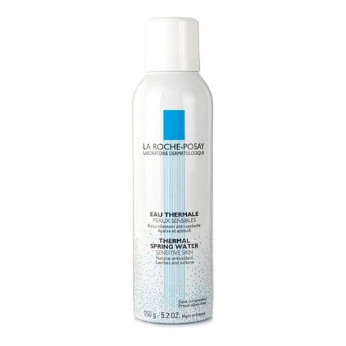 La Roche-Posay Термальная вода Thermal Water, 150 млFS-00897Увлажняет кожу, нейтрализует свободные радикалы, замедляет процессы старения клеток, защищает от излучения UV-лучей, успокаивает раздражение кожи, оказывает ранозаживляющее и противовоспалительное действие, устраняет зуд и смягчает кожу.