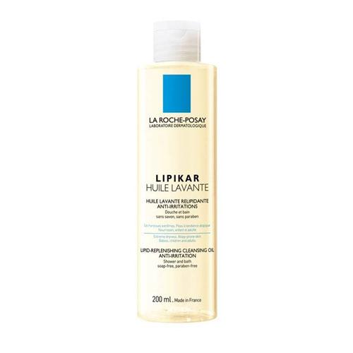 La Roche-Posay Липидовосполняющее смягчающее масло для ванной и душа Lipikar 200 млFS-00897Оптимальная переносимость за счет тщательно отобранных очищающих компонентов. Нейтральное значение рН.При взаимодействии с водой МАСЛО ЛИПИКАР преобразуется в легкую эмульсию, которая восстанавливает гидролипидную пленку очень сухой кожи, защищает ее от обезвоживания и раздражающего действия жесткой воды.Новшество: формула, обогащенная маслом Каритэ, активным липидовосполняющим компонентом, который заметно улучшает состояние сухой кожи.