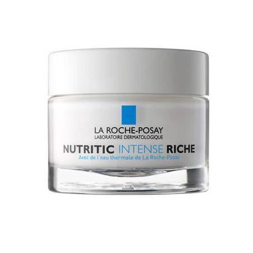 La Roche-Posay Питательный крем для глубокого восстановления кожи лица Nutritic Интенс Риш, 50 мл1037Выполняют три главных функции для восстановления защиты кожи:Укрепляют структуру кожи, синтезируя протеины и энзимы;Активируют синтез керамидов для восстановления липидов;Восстанавливают увлажненность кожи.Без дополнительного добавления консервантов по сравнению с формулой крема в тюбике.Комфортное состояние кожи, отсутствие ощущения стянутости и покалывания. Возможность свободно выражать эмоции и использовать макияж.Эффективность:После 1-го применения:*Устраняет неприятные ощущения и успокаивает: 94% пользователей.Обеспечивает комфорт кожи на целый день: 89% пользователей.Через 15 дней после применения:*Глубоко питает кожу: 89% пользователей.Кожа обретает свободу выражения: 86% пользователей.