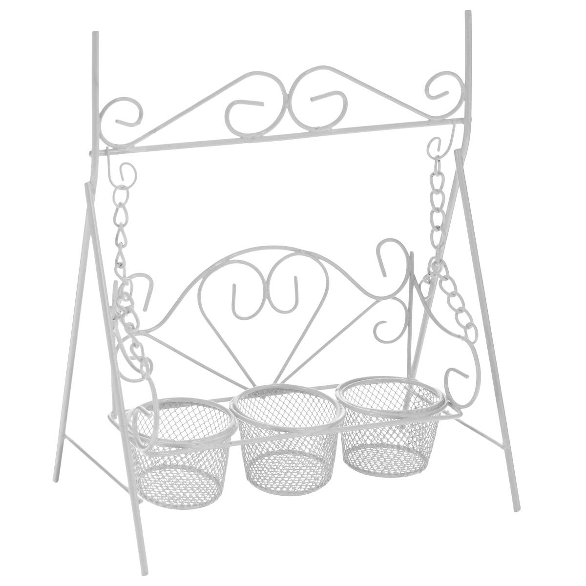 Подсвечник декоративный ScrapBerrys Качели, на 3 свечи, цвет: белый, 17,5 х 11 х 21 см54 009312Подсвечник ScrapBerrys Качели выполнен из высококачественного металла и предназначен для трех чайных свечей. Подсвечник выполнен в виде небольших декоративных качелей. Изделие украшено изящными коваными узорами. Такой подсвечник подойдет для декора интерьера дома или офиса. Кроме того - это отличный вариант подарка для ваших близких и друзей.Размер подсвечника: 17,5 см х 11 см х 21 см.Диаметр отверстия для свечи: 4 см.