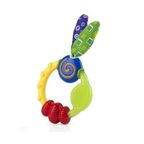 Это необычное зубное кольцо Nuby имеет различные выпуклости, смещенные поверхности, которые помогают в прорезывания зубов мягко массируя десны ребенка. Каждая из текстур была разработана специально для передних, средних и задних зубов. Игрушку легко удерживать маленькими ручками ребенка. Мягкие, красочные ткани с шурщими элементами внутри стимулируют развитие сенсорных ощущений ребенка.