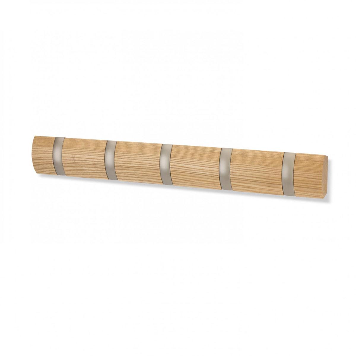 Вешалка настенная Umbra Flip, цвет: бежевый, 5 крючков1004900000360Стильная и прочная вешалка Umbra Flip интересной формы и оригинального дизайна изготовлена из дерева. Имеет 5 откидных крючков из никеля: когда они не используются, то складываются, превращая конструкцию в абсолютно гладкую поверхность. Вешалка Umbra Flip идеально подходит для маленьких прихожих и ограниченных пространств. Каждый крючок выдерживает вес до 2,3 кг.
