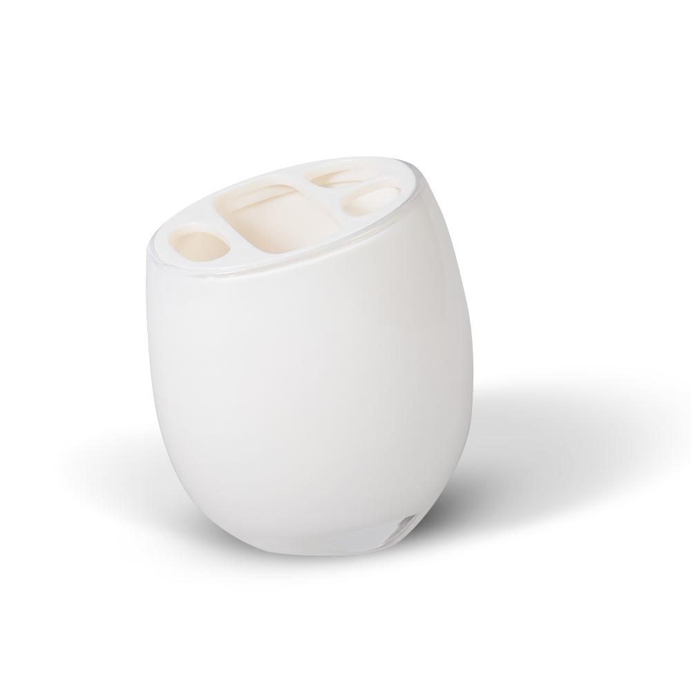 Стакан для зубных щеток Immanuel Repose White68/5/3Стакан для зубных щеток Immanuel Repose White, изготовленный из прозрачного акрила белого цвета, отлично подойдет для вашей ванной комнаты. Стакан оснащен съемной крышкой с прорезями для зубных щеток и тюбика зубной пасты.Стакан для зубных щеток создаст особую атмосферу уюта и максимального комфорта в ванной. Характеристики: Материал: пластик, акрил. Размер стакана: 11,5 см х 7 см х 8 см. Артикул: 12202.