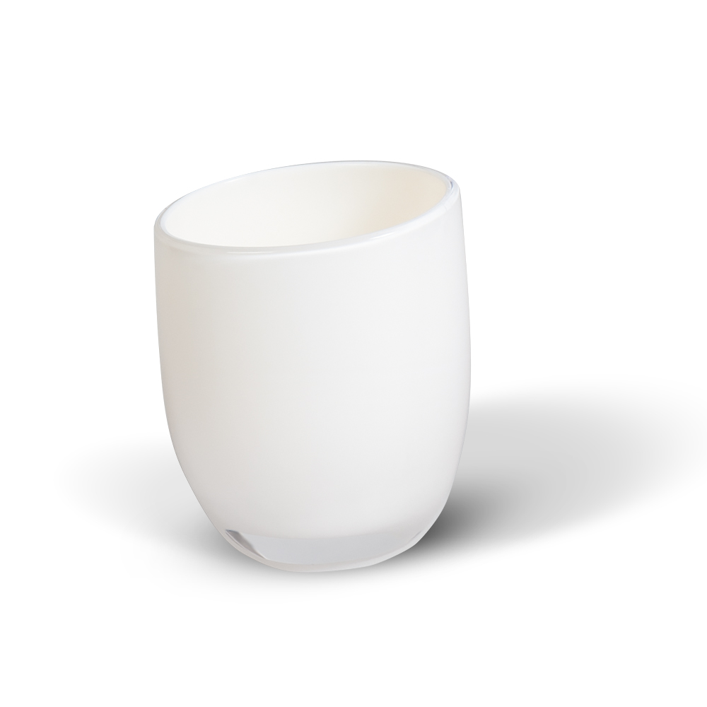 Стакан для ванной комнаты Immanuel Repose White12219Стакан для ванной комнаты Immanuel Repose White, изготовленный из прозрачного акрила белого цвета, отлично подойдет для вашей ванной комнаты. Стакан создаст особую атмосферу уюта и максимального комфорта в ванной. Характеристики: Материал: акрил. Диаметр стакана по верхнему краю: 6,5 см. Высота стакана: 9 см. Артикул: 12318.