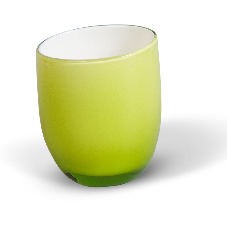 Стакан для ванной комнаты Immanuel Repose GreenCLP446Стакан для ванной комнаты Immanuel Repose Green, изготовленный из прозрачного акрила зеленого цвета, отлично подойдет для вашей ванной комнаты. Стакан создаст особую атмосферу уюта и максимального комфорта в ванной. Характеристики: Материал: акрил. Диаметр стакана по верхнему краю: 6,5 см. Высота стакана: 9 см. Артикул: 12318.