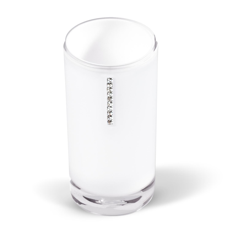 Стакан для ванной комнаты Tatkraft Diamond White, цвет: белыйBL505Стакан Diamond White изготовлен из акрила белого цвета и украшен стразами. В таком стакане можно хранить зубные щетки, бритвы и другие принадлежности. Стакан Diamond White станет стильным аксессуаром, который украсит интерьер ванной комнаты. Характеристики: Материал: акрил, стразы. Диаметр стакана: 6,2 см. Высота стакана: 13 см. Размер упаковки: 6,2 см х 6,2 см х 13 см. Артикул: 12424.