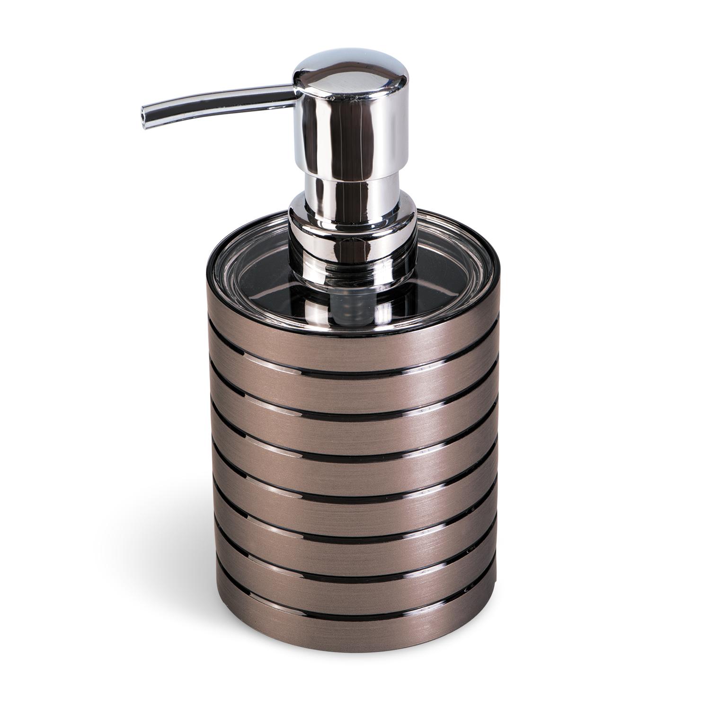 Дозатор для жидкого мыла Tatkraft King Tower Bronze, цвет: коричневыйRG-D31SДозатор для жидкого мыла King Tower изготовлен из коричневого акрила с серебристыми вставками. Такой аксессуар очень удобен в использовании: достаточно лишь перелить жидкое мыло в дозатор, а когда необходимо использование мыла, легким нажатием выдавить нужное количество. Дозатор King Tower станет стильным аксессуаром, который украсит интерьер ванной комнаты. Характеристики: Материал: акрил, пластик. Диаметр дозатора: 7,5 см. Высота дозатора: 15 см.