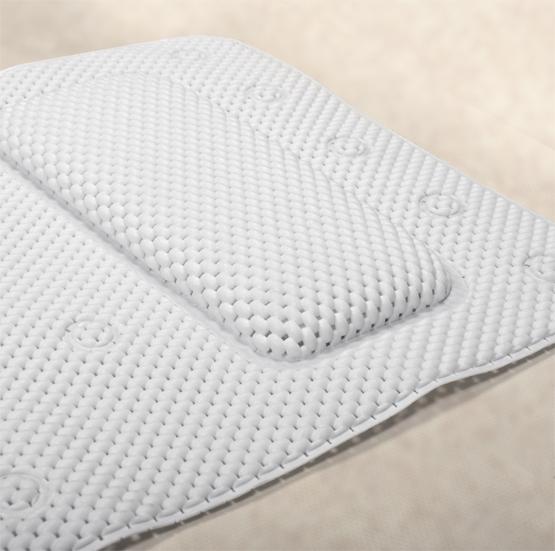 Коврик для ванной Tatkraft SPA, противоскользящий, 36 х 125 смRG-D31SКоврик для ванной Tatkraft SPA изготовлен из прочного антибактериального материала (вспененный поливинилхлорид). Материал устойчив к плесени и бактериям. Мягкая поверхность приятна на ощупь. Благодаря подушке коврик обеспечивает комфорт во время принятия ванны. 30 присосок позволяют коврику плотно крепиться к поверхности. Коврик для ванной Tatkraft SPA - идеальный способ расслабиться и получить от принятия ванной максимум удовольствия.