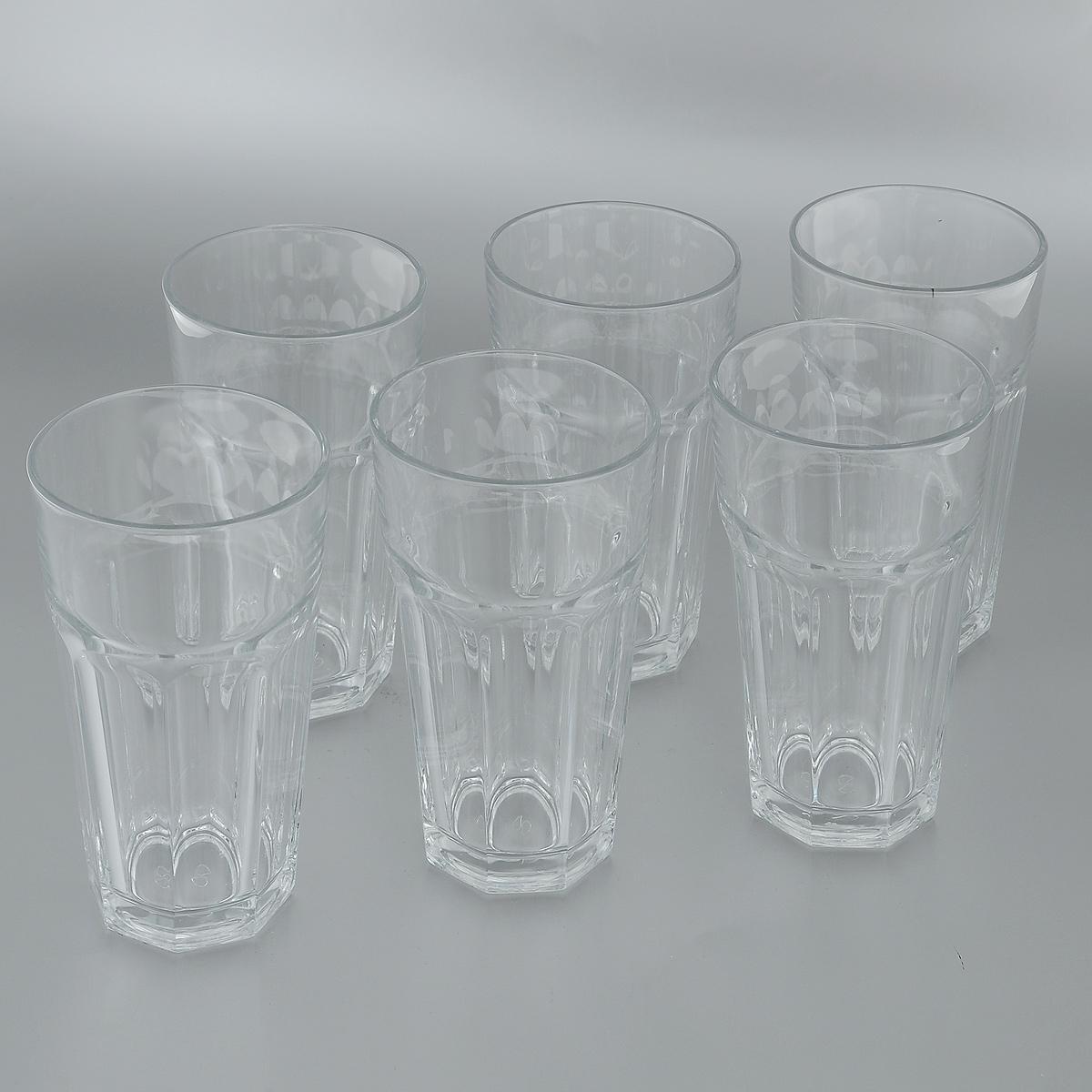Набор стаканов для пива Pasabahce Casablanca, 475 мл, 6 штVT-1520(SR)Набор Pasabahce Casablanca состоит из шести стаканов, изготовленных из прочного натрий-кальций-силикатного стекла. Изделия, предназначенные для подачи пива, несомненно придутся вам по душе. Стаканы, оснащенные рельефной многогранной поверхностью, сочетают в себе элегантный дизайн и функциональность. Благодаря такому набору пить напитки будет еще вкуснее. Набор стаканов Pasabahce Casablanca идеально подойдет для сервировки стола и станет отличным подарком к любому празднику.Можно мыть в посудомоечной машине и использовать в микроволновой печи. Диаметр стакана по верхнему краю: 8,5 см.Высота стакана: 16 см.