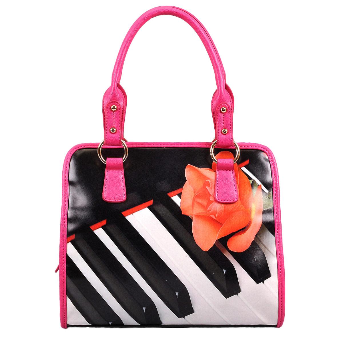 Сумка женская Flioraj Роза. Пианино, цвет: черный, розовый. 31482L39845800Изысканная женская сумка Flioraj выполнена из высококачественной искусственной кожи. Сумка закрывается на застежку-молнию. Внутри - одно отделение, также есть открытый карман, два кармана на застежках-молниях и два не больших накладных кармашка для телефона и мелочей. Задняя сторона дополнена плоским врезным карманом на застежке-молнии. Ручки сумки крепится на металлическую фурнитуру. Дно сумки защищено металлическими ножками, обеспечивающими дополнительную устойчивость. В комплекте чехол для хранения. Яркий дизайн сумки, сочетающий классические формы с оригинальным оформлением, позволит вам подчеркнуть свою индивидуальность и сделает ваш образ изысканным и завершенным.
