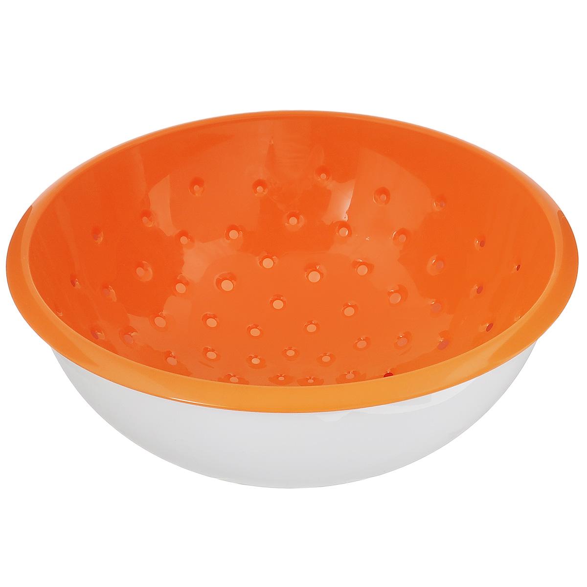 Дуршлаг Tescoma Vitamino, с чашкой, цвет: белый, оранжевый, диаметр 28 см115510Дуршлаг Tescoma Vitamino изготовлен из высокопрочного пищевого пластика. Отлично подходит для ополаскивания овощей и фруктов под проточной водой, оставшаяся вода на продуктах стекает в чашу. Обе емкости могут быть использованы отдельно: чаша для приготовления и сервировки салатов или порций фруктов, дуршлаг - для сцеживания макарон, картофеля и многого другого. Подходит для мытья в посудомоечной машине и для хранения пищи в холодильнике. Диаметр дуршлага: 28 см. Объем чаши: 5 л. Высота стенки: 13 см.