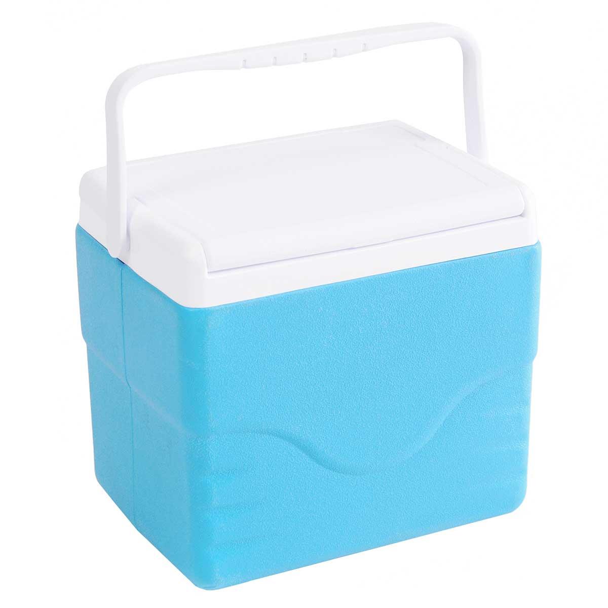 Контейнер изотермический Green Glade, цвет: голубой, 9 л9103500790Легкий и прочный изотермический контейнер Green Glade предназначен для хранения и транспортировки охлажденных и скоропортящихся продуктов питания и напитков. Корпус и крышка контейнера изготовлены из высококачественного полипропилена. Между двойными стенками находится термоизоляционный слой из пенополистирола, который обеспечивает сохранение температуры. При использовании аккумулятора холода, контейнер обеспечивает сохранение продуктов холодными на 8-10 часов. Подвижная ручка делает более удобной переноску контейнера. Крышка может использоваться как столик или как поднос.
