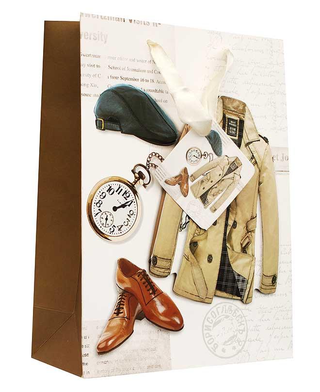 Пакет подарочный Для мужчины, 18 см х 8 см х 24 смC0042416Дизайнерский подарочный пакет Для мужчины выполнен из плотной бумаги и оформлен ярким красочным рисунком и аппликацией. Дно изделия укреплено плотным картоном, который позволяет сохранить форму пакета и исключает возможность деформации дна под тяжестью подарка. Для удобной переноски на пакете имеются две атласные ручки.Подарок, преподнесенный в оригинальной упаковке, всегда будет самым эффектным и запоминающимся. Окружите близких людей вниманием и заботой, вручив презент в нарядном, праздничном оформлении.