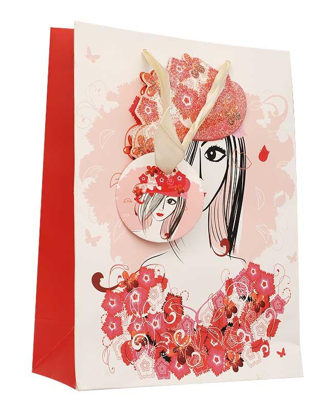 Пакет подарочный Леди, 18 см х 8 см х 24 см55052Дизайнерский подарочный пакет Леди выполнен из плотной бумаги и оформлен ярким красочным рисунком и аппликацией. Дно изделия укреплено плотным картоном, который позволяет сохранить форму пакета и исключает возможность деформации дна под тяжестью подарка. Для удобной переноски на пакете имеются две атласные ручки.Подарок, преподнесенный в оригинальной упаковке, всегда будет самым эффектным и запоминающимся. Окружите близких людей вниманием и заботой, вручив презент в нарядном, праздничном оформлении.