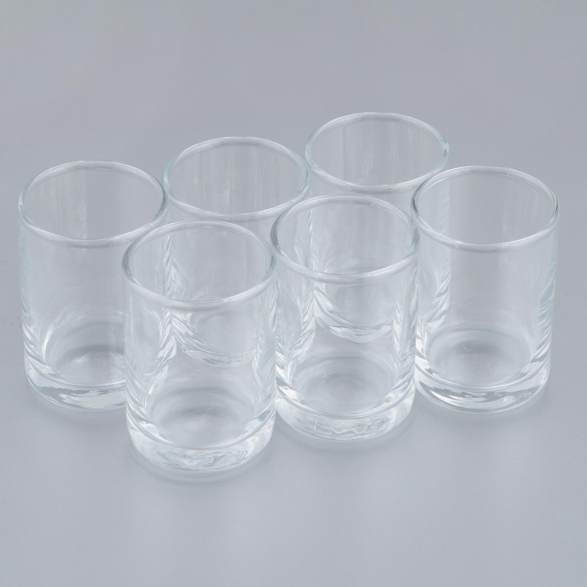 Набор стопок Pasabahce Istanbul, 60 мл, 6 шт93268Набор Pasabahce Istanbul, выполненный из закаленного натрий-кальций-силикатного стекла, состоит из шести стопок. Изделия прекрасно подойдут для подачи крепких алкогольных напитков. Их оценят как любители классики, так и те, кто предпочитает современный дизайн.Набор идеально подойдет для сервировки стола и станет отличным подарком к любому празднику. Диаметр стопки (по верхнему краю): 4 см. Высота стопки: 6 см.