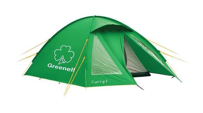 Палатка Greenell Керри 3 V3, трехместная, цвет: зеленый. 9551295512-367-00Туристическая палатка Greenell Керри 3 V3, предназначенная для троих человек, имеет сравнительно небольшой вес - менее5 кг. В тамбуре достаточно места для хранения рюкзаков. Защиту от насекомых обеспечивает противомоскитная сетка. Сверху палатка покрыта тканью, которая защищает от ультрафиолета на 90% (UPF 50+) и препятствует распространению огня. Все швы проклеены.Наличие внешних дуг позволит сохранить внутреннюю палатку сухой при установке во время дождя. Предусмотрена возможность отдельной установки тента.