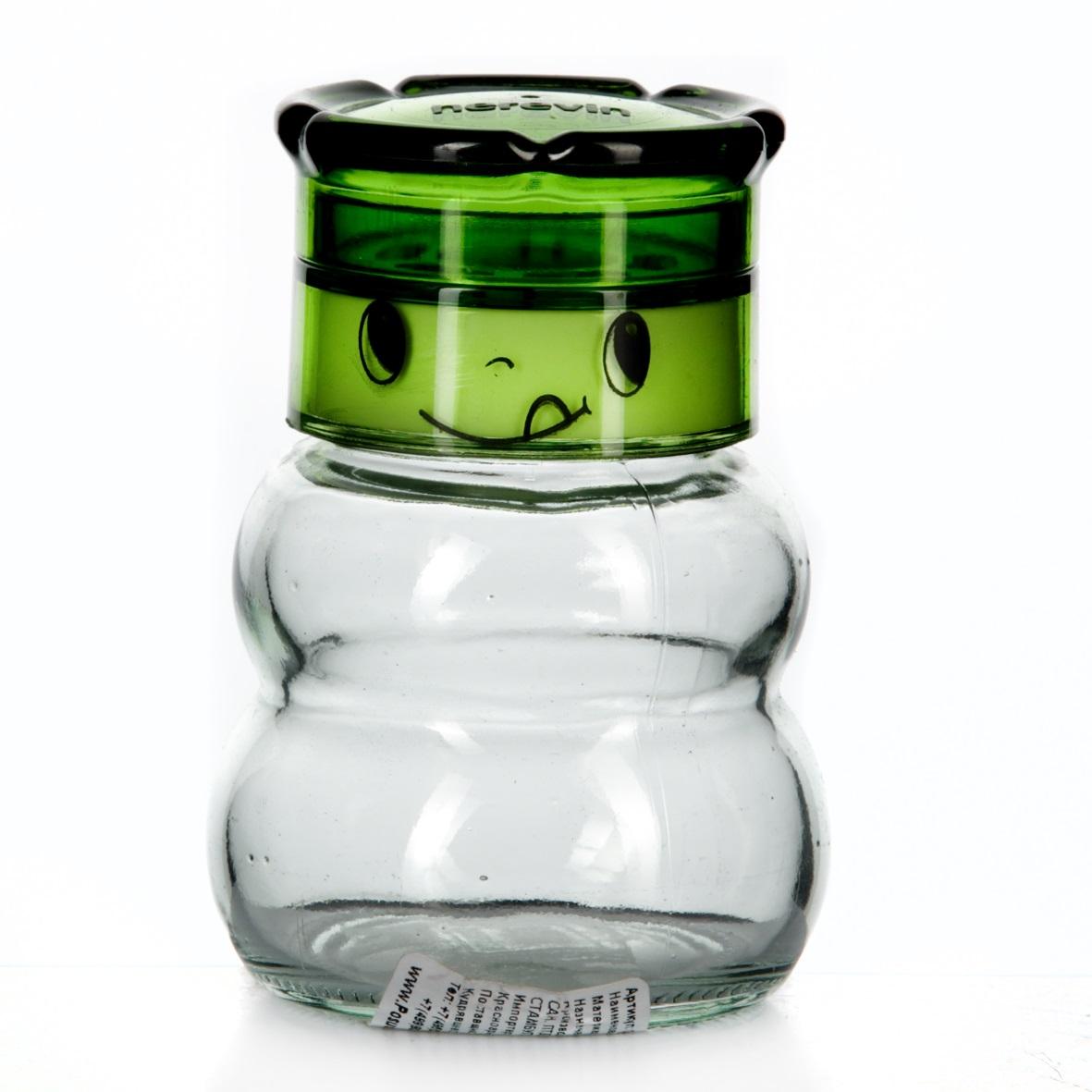 Мельница для специй Herevin, цвет: зеленый, 200 мл115510Мельница для соли Herevin, изготовленная из стекла и пластика, легка в использовании. Стоит только покрутить верхнюю часть мельницы, и вы с легкостью сможете посолить по своему вкусу любое блюдо. Крышка украшена изображением забавной мордочки. Механизм мельницы изготовлен из пластика. Оригинальная мельница модного дизайна будет отлично смотреться на вашей кухне.Высота: 10 см.Диаметр (по верхнему краю): 4 см.Диаметр основания: 6 см.