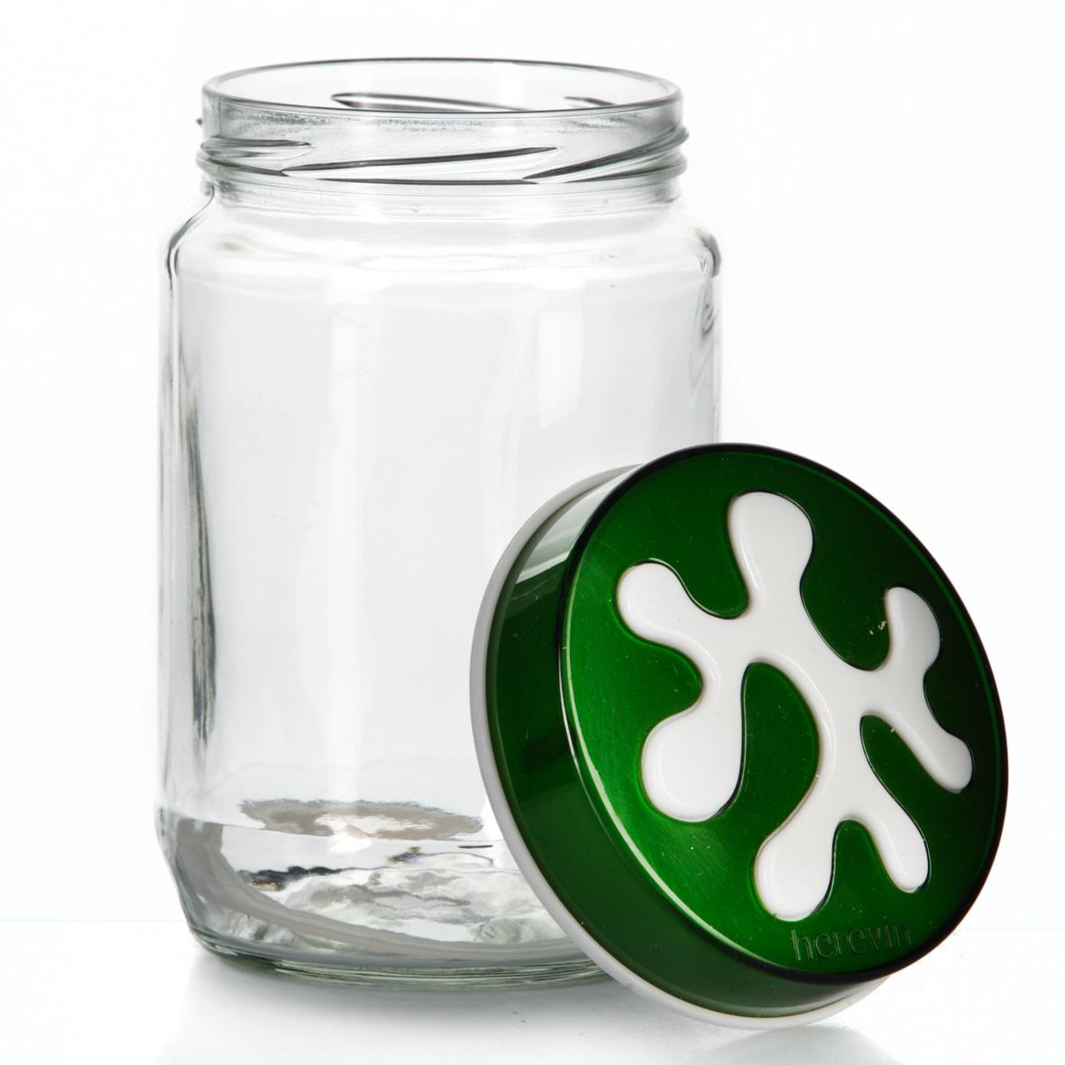 Банка для сыпучих продуктов Herevin, цвет: зеленый, 720 мл. 135367-002FD 992Банка для сыпучих продуктов Herevin изготовлена из прочного стекла и оснащена плотно закрывающейся пластиковой крышкой. Благодаря этому внутри сохраняется герметичность, и продукты дольше остаются свежими. Изделие предназначено для хранения различных сыпучих продуктов: круп, чая, сахара, орехов и т.д. Функциональная и вместительная, такая банка станет незаменимым аксессуаром на любой кухне. Можно мыть в посудомоечной машине. Пластиковые части рекомендуется мыть вручную.Объем: 720 мл.Диаметр (по верхнему краю): 7,5 см.Высота банки (без учета крышки): 14 см.