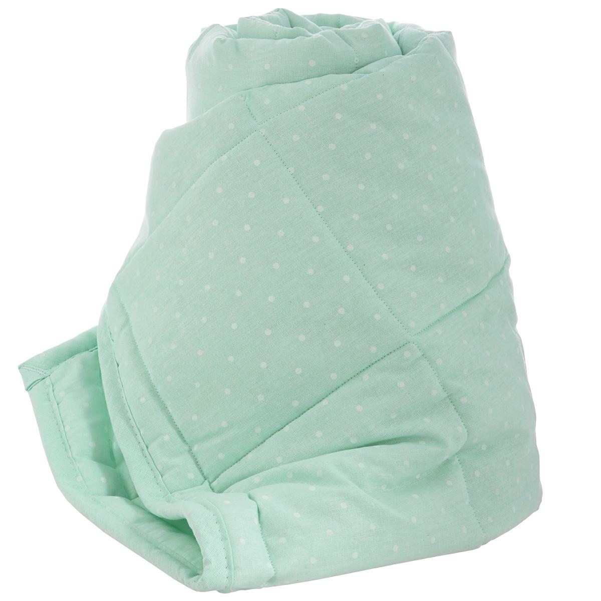 """Детское стеганое одеяло """"Baby Nice"""" изготовлено из натурального 100% хлопка. Такое одеяло будет бережно хранить безмятежный сон вашего ребенка. Наполнитель одеяла состоит из 25% бамбука и 75% файбера. Одеяла с наполнителем из бамбукового волокна - невероятно мягкие, легкие, прекрасно пропускают воздух, сохраняя при этом тепло. Под таким """"дышащим"""" одеялом ваш малыш не будет потеть. Бамбуковое одеяло известно своими бактерицидными и антисептическими свойствами; оно не вызывает аллергии и раздражений на коже ребенка. Одеяло с наполнителем из бамбукового волокна - прекрасное решение для детской кроватки. Файбер - это инновационный, качественный, легкий и неприхотливый в эксплуатации нетканый материал, который великолепно удерживает тепло, """"дышит"""", является гипоаллергенным, прекрасно стирается, практически не слеживается, быстро сохнет и не впитывает неприятные запахи. Детское одеяло """"Baby Nice"""" - лучший выбор для тех, кто стремится проявить заботу о своем..."""