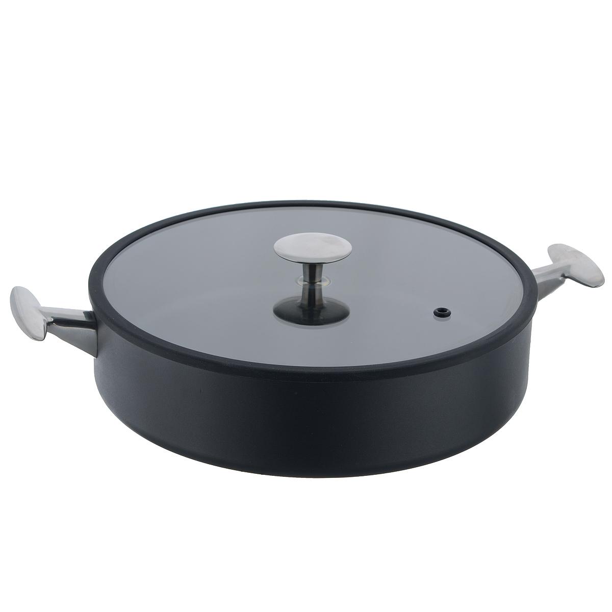 Сотейник с крышкой TVS Maestrale, с антипригарным покрытием, цвет: черный. Диаметр 28 см68/5/4Сотейник TVS Maestrale выполнен из алюминия с внешним лаковым покрытием черного цвета и обладает превосходной теплопроводностью. Внутреннее антипригарное покрытие Toptec позволяет готовить пищу с минимальным использованием масла. Прочная поверхность сотейника не боится механических повреждений.Эргономичные ручки, изготовленные из нержавеющей стали, имеют плавные формы, которые подчеркивают стиль сотейника.Крышка, изготовленная из закаленного стекла имеет силиконовый уплотнитель, благодаря чему идеально прилегает к сотейнику и обеспечивает равномерное распределение температуры внутри него. Сотейник TVS Maestrale изготовлен из экологичных материалов, что делает его пригодным для приготовления пищи детям.Подходит для всех видов плит, включая индукционные.Сотейник TVS Maestrale можно использовать в духовому шкафу. Максимальная температура 230°С. Можно мыть в посудомоечной машине.Особенностью коллекции Maestrale является фурнитура из нержавеющей стали с изящными формами, очень эффектно сочетающаяся с литым корпусом изделий с черным антипригарным покрытием Toptec. Дно сковород и кастрюль, входящих в коллекцию, имеет вплавленный стальной диск, благодаря чему посуду можно использовать, в том числе и на индукционных плитах. Компания TVS была основана в 1968 году. Основными принципами, которых придерживается компания, являются экологическая безопасность производства, использование новейших материалов и технологий, а также всесторонний учет потребностей рынка. Посуда TVS (Италия) - это превосходное решение для любой современной кухни, способное создать по-настоящему комфортные условия для приготовления пищи. Диаметр сотейника: 28 см. Высота стенки: 6,5 см.Диаметр крышки: 27 см.