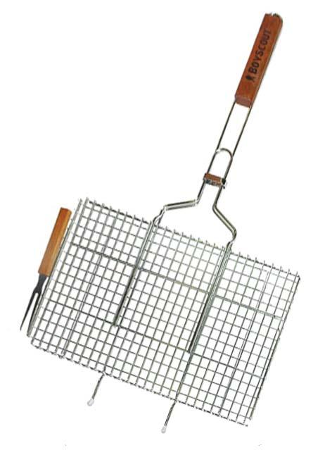 Решетка-гриль Boyscout с вилкой, для стейков, 75 х 45 х 2,5 см, + ПОДАРОК картонный веерV30 AC DCРешетка-гриль Boyscout предназначена для приготовления стейков на открытом воздухе. Изготовлена из высококачественной стали с пищевым хромированным покрытием. Решетка имеет деревянную вставку на ручке, предохраняющую руки от ожогов и позволяющую без труда перевернуть решетку. Надежное кольцо-фиксатор гарантирует, что решетка не откроется, и продукты не выпадут. В комплект также входит вилка для удобного снятия приготовленного продукта с решетки.Размер рабочей поверхности: 45 см х 27 см х 2,5 смДлина ручки: 44 см