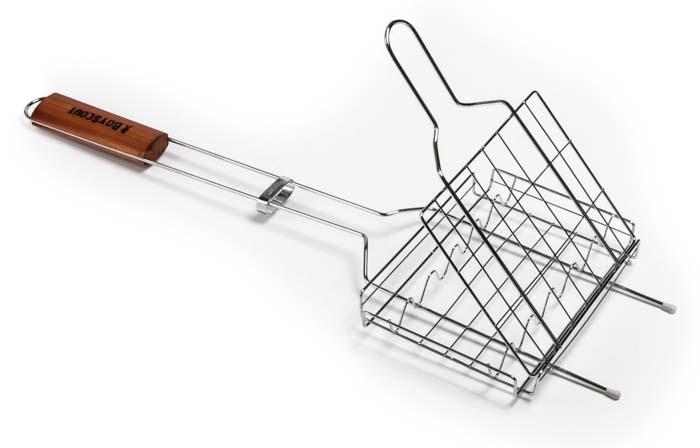 Решетка-гриль Boyscout для сосисок и колбасок, 60 х 21 х 2,5 см62-0013Решетка-гриль Boyscout предназначена для приготовления пищи на открытом воздухе. Изготовлена из высококачественной стали с пищевым хромированным покрытием. Решетка имеет деревянную вставку на ручке, предохраняющую руки от ожогов и позволяющую без труда перевернуть решетку. Надежное кольцо-фиксатор гарантирует, что решетка не откроется, и продукты не выпадут.Приготовление вкусных сосисок и колбасок на пикнике становится еще более быстрым и удобным с использованием решетки-гриль. Размер рабочей поверхности: 21 см х 15 см х 2,5 см.Длина ручки: 35,5 см.