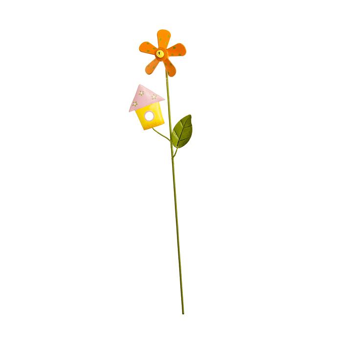 Украшение на ножке Village People Цветы с желтым домиком, высота 31 см1145139Украшение на ножке Village People Цветы с домиком поможет вам дополнить экстерьер красивой и яркой деталью. Такое украшение очень просто вставляется в землю с помощью длинной ножки, оно отлично переносит любые погодные условия и прослужит долгое время. Идеально подходит для декорирования садового участка, грядок, клумб, домашних цветов в горшках, а также для поддержки и правильного роста декоративных растений.Размер декоративного элемента: 8,5 см х 13,5 см. Высота ножки: 31 см.