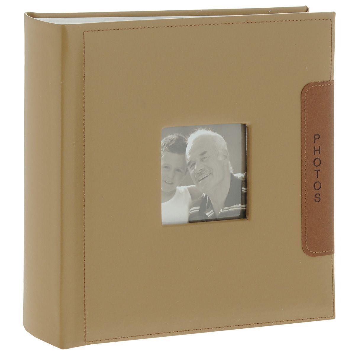 Фотоальбом Image Art -200 10x15 (BBM46200/2) серия 04641619Фотоальбом Image Art сохранит моменты ваших счастливых мгновений на своих страницах! Обложка из плотного картона обтянута кожей бежевого цвета. С лицевой стороны обложки имеется квадратное окошко для вашей самой любимой фотографии. Внутри содержится блок из 50 белых листов. Альбом рассчитан на 200 фотографий форматом 15 см х 10 см. Для фотографий предусмотрено поле для записей. На каждой странице с фиксатором-окошком из полипропилена можно разместить по 2 фотографии. Переплет книжный. Нам всегда так приятно вспоминать о самых счастливых моментах жизни, запечатленных на фотографиях. Поэтому фотоальбом является универсальным подарком к любому празднику. Вашим родным, близким и просто знакомым будет приятно помещать фотографии в этот альбом.