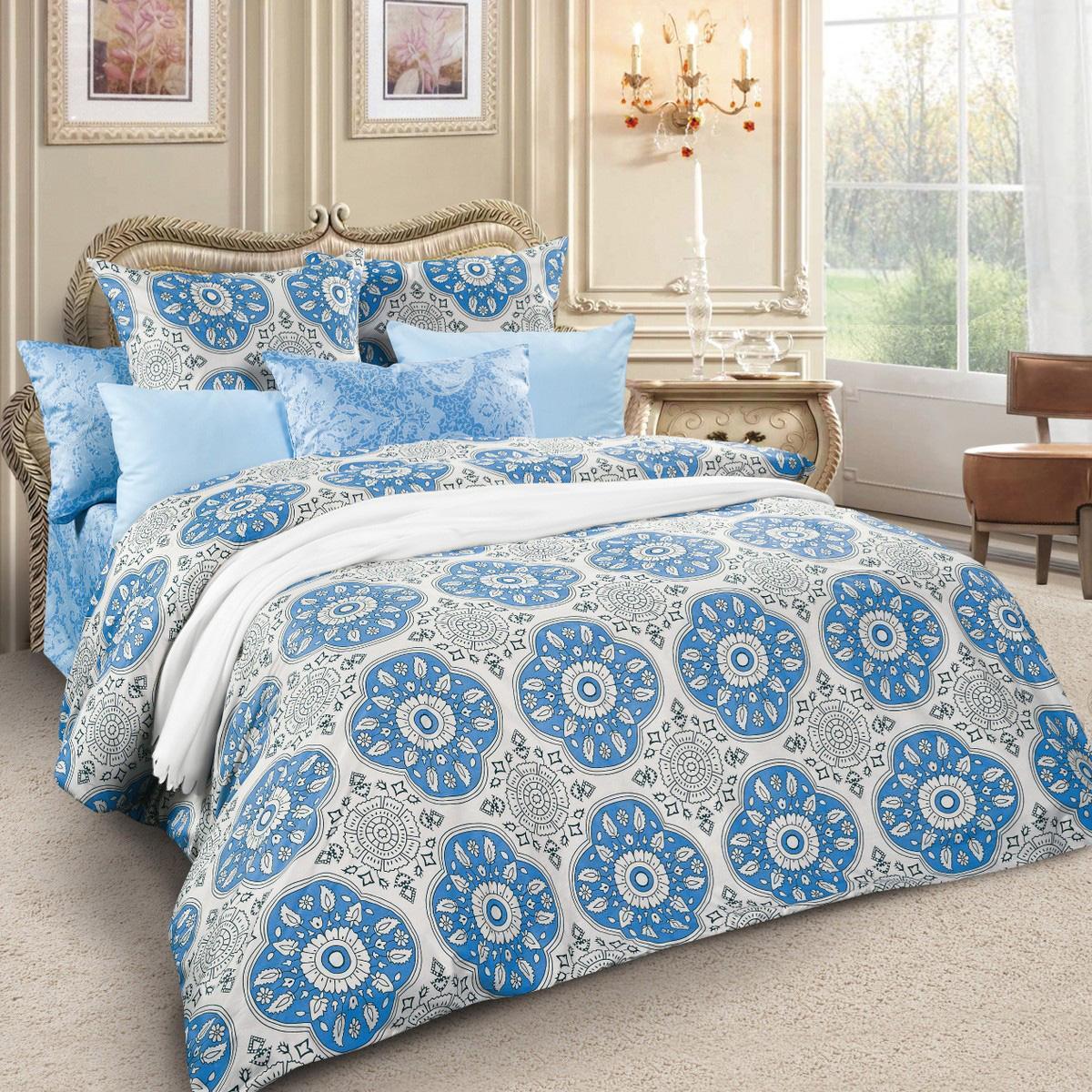 Комплект белья Letto, 1,5-спальный, наволочки 70х70, цвет: серый, голубой. sm61-3sm61-3Спокойная классика в сатиновом исполнении - залог комфорта и гармонии цвета в вашей спальни. Дополните свою спальню актуальным принтом от европейских дизайнеров! Это отличный подарок любителям модных трендов в цвете и дизайне.Комплект выполнен из сатина, который заслужено считается благородной тканью для постельного белья. Сатину свойственна практичность, долговечность, мягкость и изысканный блеск, такая ткань прекрасно впитывает влагу во время сна, комфортна на ощупь и не требует особого ухода. Серия Letto Сатин – это современные дизайны в европейской стилистике, которые прекрасно дополнят Вашу спальню. Обращаем внимание, что наволочки могут отличаться от представленных на фотографии. Также может отличаться и оттенок комплекта из-за разницы в цветопередаче мониторов.