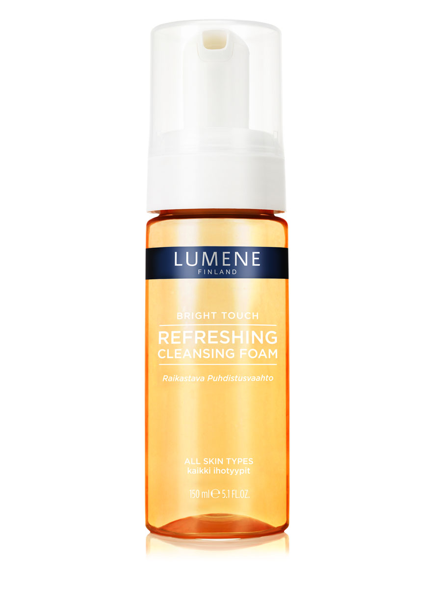 LUMENE Освежающая очищающая пенка для умывания Lumene Bright Touch72523WD1. ОСВЕЖАЮЩАЯ ОЧИЩАЮЩАЯ ПЕНКА С нектаром из ягод арктической морошкиДля всех типов кожиЭффективно очищает кожу от макияжа и загрязнений, заряжает энергией и обладает свойством выводить токсины. Результат – чистая, свежая и сияющая кожа.