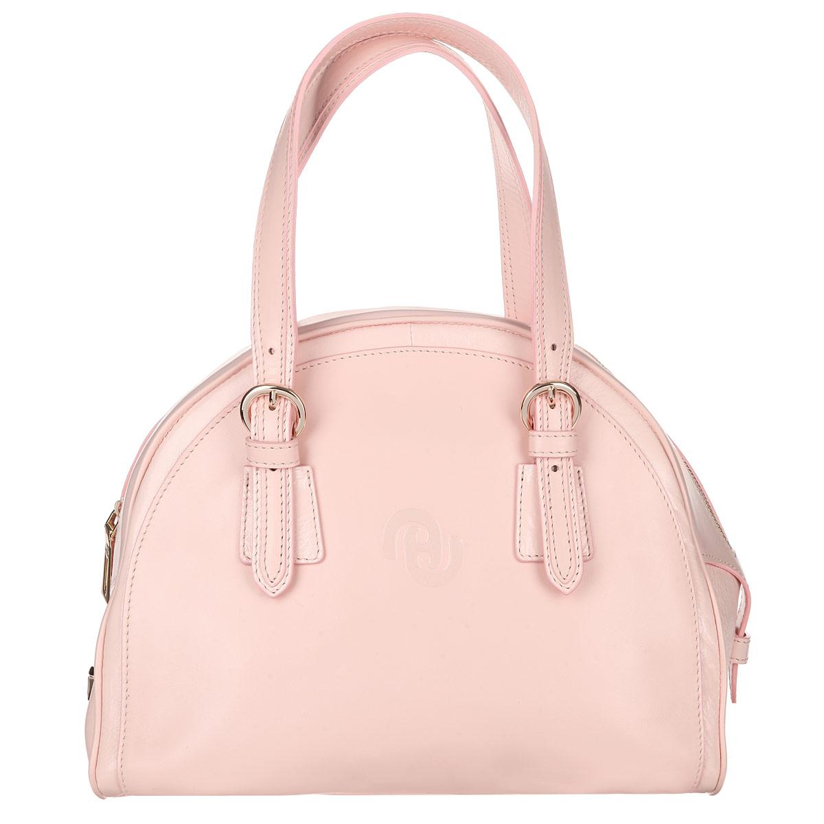 Сумка женская Frija, цвет: светло-розовый. 21-0268-14S76245Трендовая женская сумка Frija выполнена из мягкой натуральной кожи и декорирована вставками из лакированной кожи. Лицевая сторона изделия оформлена тисненым логотипом бренда. Ручки, дополненные металлическими пряжками, регулируются по длине. Сумка имеет одно вместительное отделение, закрывающееся на удобную застежку-молнию. Внутри отделения - два накладных кармашка для мелочей и мобильного телефона и врезной карман на застежке-молнии. Одна из боковых сторон сумки украшена декоративным замком-защелкой, другая сторона - декоративным ремешком, пропущенным через шлевку. Дно защищено от повреждений металлическими ножками.Сумка упакована в фирменный чехол.Сумка Frija - это стильный аксессуар, который подчеркнет вашу изысканность и индивидуальность и сделает ваш образ завершенным.