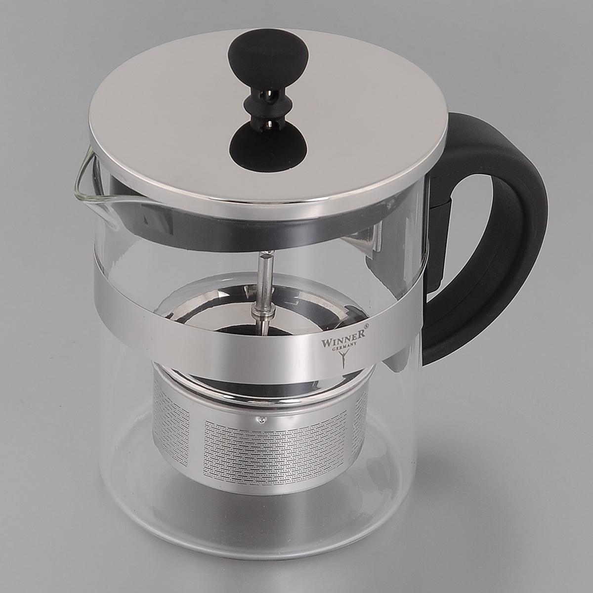 Френч-пресс Winner, 600 мл. WR-5221VT-1520(SR)Френч-пресс Winner, изготовленный из термостойкого стекла с пластиковой ручкой, предоставит вам все необходимые возможности для успешного заваривания чая. Чай в таком чайнике дольше остается горячим, а полезные и ароматические вещества полностью сохраняются в напитке. Изделие оснащено фильтром, крышкой и удобным поршнем из нержавеющей стали, который поможет дозировать степень заварки напитка. Простой и удобный френч-пресс Winner поможет вам приготовить крепкий, ароматный чай.Нельзя мыть в посудомоечной машине. Не использовать в микроволновой печи.Диаметр френч-пресса (по верхнему краю): 9,5 см.Высота френч-пресса (без учета крышки): 12 см.Высота фильтра: 3,5 см.