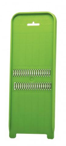 Терка Borner Poko, цвет: зеленый420186Терка Borner Poko будет отличным помощником на вашей кухне, особенно для любителей моркови по-корейски. Эта овощерезка имеет ударопрочный пластмассовый корпус с острыми нержавеющими ножами, заточенными с двух сторон.Виды нарезки:тонкая длинная соломка из овощей;тонкая короткая соломка;мелкая крошка;мелкая стружка.Размер терки: 31,7 см х 10,3 см х 2,2 см.