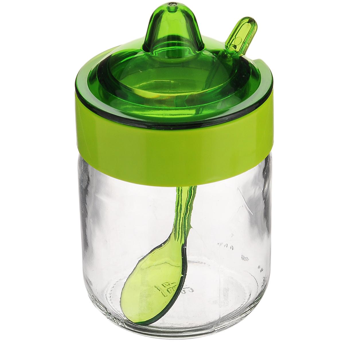 Емкость для соуса Herevin, с ложкой, цвет: зеленый, 200 мл131505-000_зеленыйЕмкость для соуса Herevin изготовлена из прочного стекла. Банка оснащена пластиковой крышкой и ложкой. Изделие предназначено для хранения различных соусов. Функциональная и вместительная, такая банка станет незаменимым аксессуаром на любой кухне. Можно мыть в посудомоечной машине. Пластиковые части рекомендуется мыть вручную.Диаметр (по верхнему краю): 5,5 см.Высота банки (без учета крышки): 8,5 см.Длина ложки: 11 см.