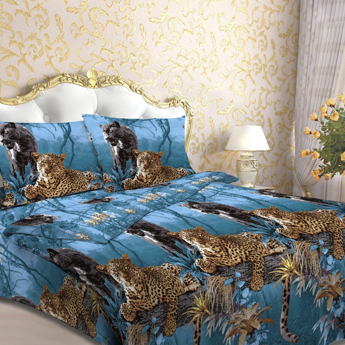 Комплект белья Letto Пантера, 1,5-спальное, наволочки 70х70, цвет: синий. В44-368/5/3Комплект постельного белья Letto Пантера выполнен из бязи (100% натурального хлопка). Комплект состоит из пододеяльника, простыни и двух наволочек. Постельное белье оформлено ярким красочным рисунком.Гладкая структура делает ткань приятной на ощупь, мягкой и нежной, при этом она прочная и хорошо сохраняет форму. Ткань легко гладится. Благодаря такому комплекту постельного белья вы сможете создать атмосферу роскоши и романтики в вашей спальне.В комплект входят: Пододеяльник - 1 шт. Размер: 143 см х 215 см. Простыня - 1 шт. Размер: 150 см х 220, см. Наволочка - 2 шт. Размер: 70 см х 70 см. Плотность: 125 г/м.