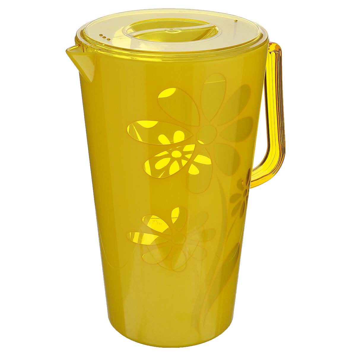 Кувшин Альтернатива Соблазн, с крышкой, цвет: желтый, 2,5 лM2303Кувшин Альтернатива Соблазн, выполненный из высококачественного пластика и декорированный ярким цветочным рисунком, элегантно украсит ваш стол. Кувшин оснащен удобной ручкой и плотно закрывающейся пластиковой крышкой. Изделие имеет носик для выливания жидкости. Подойдет для подачи воды, сока, компота и других напитков. Кувшин Альтернатива Соблазн дополнит интерьер вашей кухни и станет замечательным подарком к любому празднику. Объем: 2,5 л. Диаметр (по верхнему краю): 14,5 см.Диаметр основания: 10,5 см.Высота кувшина: 24 см.