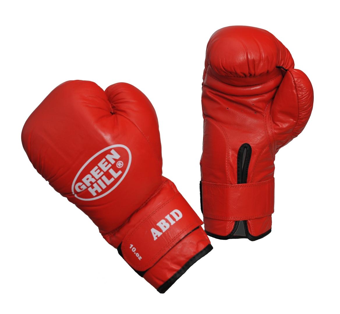 Перчатки боксерские Green Hill Abid, цвет: красный. Вес 10 унцийadiBCO1Боксерские тренировочные перчатки Green Hill Abid отлично подойдут для начинающих спортсменов. Верх выполнен из натуральной кожи. Мягкий наполнитель из очеса предотвращает любые травмы. Широкий ремень, охватывая запястье, полностью оборачивается вокруг манжеты, благодаря чему создается дополнительная защита лучезапястного сустава от травмирования. Застежка на липучке способствует быстрому и удобному одеванию перчаток, плотно фиксирует перчатки на руке.