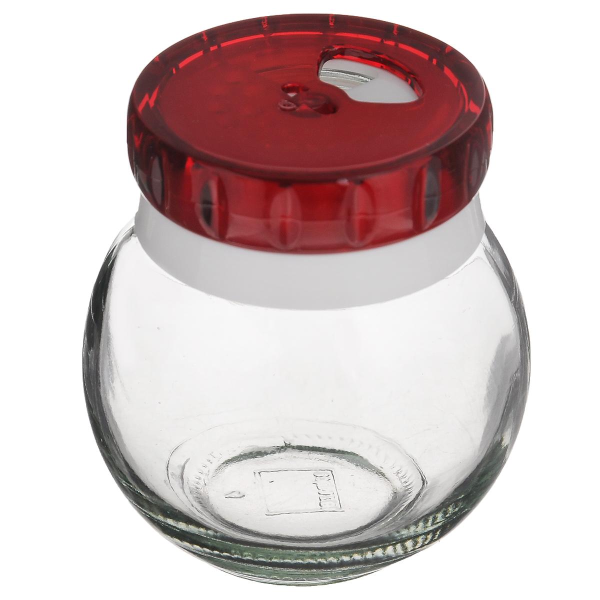 Банка для специй Herevin, цвет: красный, 200 мл. 131007-8024630003364517Банка для специй Herevin выполнена из прозрачного стекла и оснащена пластиковой цветной крышкой с отверстиями разного размера, благодаря которым, вы сможете приправить блюда, просто перевернув банку. Крышка снабжена поворотным механизмом, благодаря которому вы сможете регулировать степень подачи специй. Крышка легко откручивается, благодаря чему засыпать приправу внутрь очень просто. Такая баночка станет достойным дополнением к вашему кухонному инвентарю. Можно мыть в посудомоечной машине.Объем: 200 мл.Диаметр (по верхнему краю): 4 см.Высота банки (без учета крышки): 7 см.