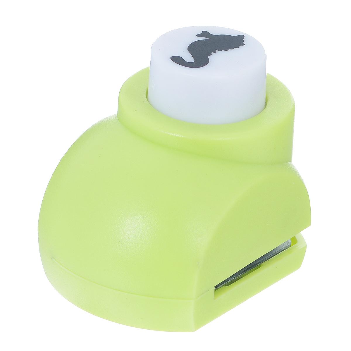Дырокол фигурный Астра Морской конек. JF-8220102016Дырокол Астра Морской конек поможет вам легко, просто и аккуратно вырезать много одинаковых мелких фигурок.Режущие части компостера закрыты пластмассовым корпусом, что обеспечивает безопасность для детей. Можно использовать вырезанные мотивы как конфетти или для наклеивания. Дырокол подходит для разных техник: декупажа, скрапбукинга, декорирования.Размер дырокола: 4 см х 3 см х 4 см. Размер готовой фигурки: 1,5 см х 0,7 см.