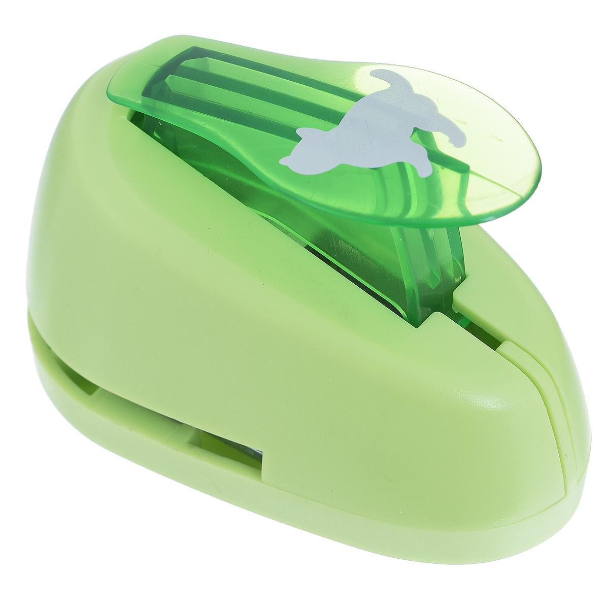 Дырокол фигурный Астра Кошка. CD-99MCD-99M-198Дырокол Астра Кошка поможет вам легко, просто и аккуратно вырезать много одинаковых мелких фигурок.Режущие части компостера закрыты пластмассовым корпусом, что обеспечивает безопасность для детей. Вырезанные фигурки накапливаются в специальном резервуаре. Можно использовать вырезанные мотивы как конфетти или для наклеивания. Дырокол подходит для разных техник: декупажа, скрапбукинга, декорирования.Размер дырокола: 8 см х 5 см х 5 см. Размер готовой фигурки: 2 см х 1,7 см.