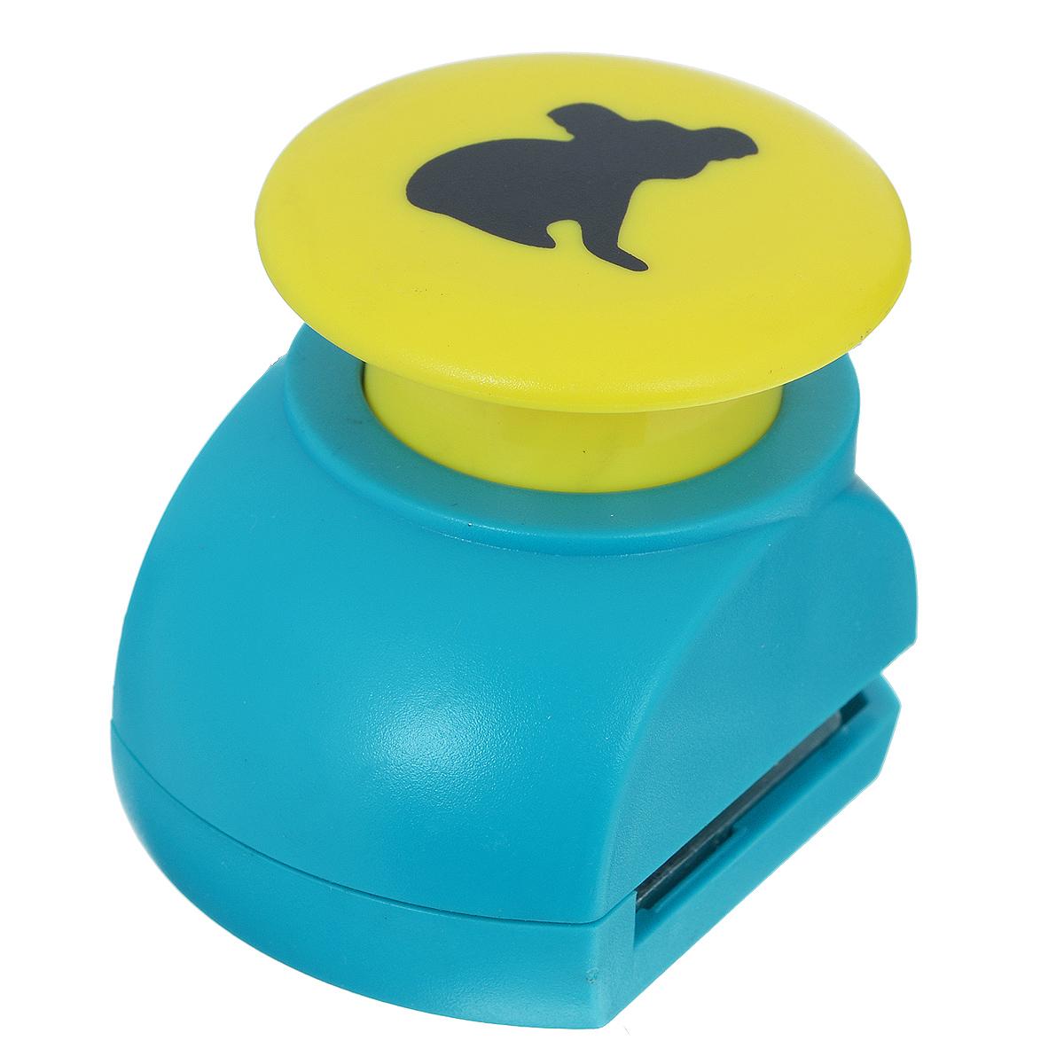 Дырокол фигурный Астра Коала. JF-823FS-36052Дырокол Астра Коала поможет вам легко, просто и аккуратно вырезать много одинаковых мелких фигурок.Режущие части компостера закрыты пластмассовым корпусом, что обеспечивает безопасность для детей. Можно использовать вырезанные мотивы как конфетти или для наклеивания. Дырокол подходит для разных техник: декупажа, скрапбукинга, декорирования.Размер дырокола: 5 см х 4 см х 5 см. Размер готовой фигурки: 1,7 см х 2 см.
